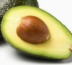 Avocados are a true beauty miracle try it and use Avocado for Skin Care. Use Avocado For skin care. Avocados are not only very tasty, they are also a true Avocado For Skin, Avocado Face Mask, Avocado Seed, Smoothie Recipes, Smoothies, Avocado Health Benefits, Cholesterol Lowering Foods, Cholesterol Symptoms, Cholesterol Levels