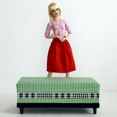 Minimagine dolls' collection. #dollcollector #dollcollection #FRdoll  #imogen #fashionroyalty #fashiondoll #dollfurniture #sixthscale