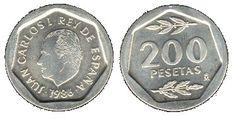 200 pesetas de Juan Carlos I Desde 1986 a 1988 se emite este tipo de 200 pesetas en cobre-niquel con un peso de 8.60 gramos y 22 mm . con diversos motivos en el anverso y reverso.