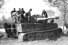 Panzer VI Tiger 504 332 Massa Lombarda 1945