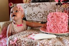 Ideas for a Vintage Ballerina First Birthday Party - #kidsparty #partyidea