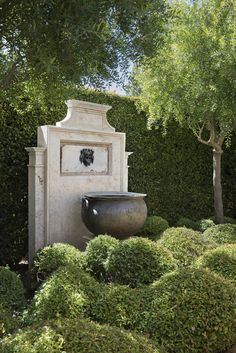 Stefano Scatà Food Lifestyle and Interiors photographer  John Saladino's garden in Montecito