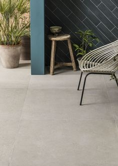 This warm-toned Kast Sand Porcelain Tile is a stylish addition to our collection. Use this large concrete effect porcelain floor tile in any living space. Patio Tiles, Outdoor Tiles, Concrete Tiles, Patio Slabs, Bathroom Floor Tiles, Tile Floor, Kitchen Floor, Stone Kitchen, Outdoor Porcelain Tile