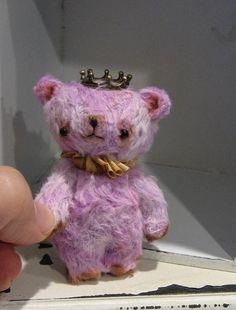 Queenie by Woollybuttbears