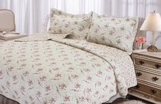 Textiles Plus Inc. Rose Perfume Quilt Set & Reviews | Wayfair. A Kathleen Kelly approved bedspread.