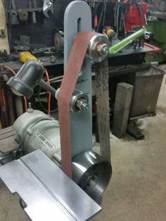 My grinder to belt sander conversion: