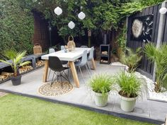 95 Small Courtyard Garden with Seating Area Design Ideas 95 Small Courtyard Garden with Seating Area Design Ideas,Garten Related Smart And Stylish Garden Screening Ideas - Patio garden Garage Organization Ideas That. Small Courtyard Gardens, Small Courtyards, Back Gardens, Small Gardens, Modern Gardens, Backyard Garden Design, Small Garden Design, Small Space Gardening, Backyard Landscaping