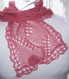 Sakura PDF hand knitting scarf pattern   Add some Blossoms to your life. $4.50, via Etsy.
