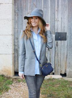 Casual Look. Working Look. A trendy life. #casual #workinglook #denim #jeans #grey #blue #blazer #hat #michaelkorsbag #sumissura #c&a #michaelkors #zalando #elcorteingles #mustt #fashionblogger #outfit #atrendylife www.atrendylifestyle.com