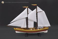 Amazingly beautiful LEGO schooner has unbelievable detail. I couldn't even believe it was lego Cool Lego, Cool Toys, Awesome Lego, Lego Boat, Lego Ship, Fishing Vessel, Lego Construction, Lego News, Lego Models