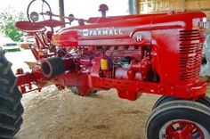 Farmall H by penelope