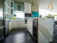 Design Tour: The Best of HGTV Dream Homes, HGTV Green Homes and HGTV Urban Oases   Interior Design Styles and Color Schemes for Home Decorating   HGTV