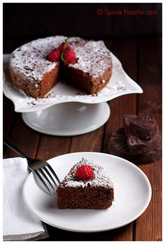 Mexican Chocolate Cake; Pastel de Chocolate Mexicano; cinnamon; cake; chocolate; chile; chili; chocolate blocks; Mexican; receta; recipe; dessert; cake for two; for two; small cake; Spicie Foodie