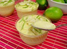 receita de brigadeiro de limão de copinho, decorado com raspas de limão