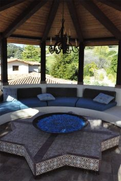 Patio Fireplace Design, Pictures, Remodel, Decor and Ideas - page 29 Outdoor Rooms, Outdoor Living, Outdoor Furniture Sets, Outdoor Fire, Indoor Outdoor, Round Couch, Patio Design, House Design, Meditation Rooms