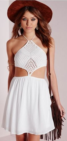 Missguided - Crochet Bodice Cut Out Skater Dress White