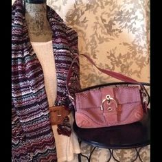 COACH handbag - Tina's Closet Sablesbohotique Pink COACH handbag - Tina's Closet Sablesbohotique Coach Bags