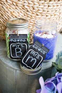 Teacher Gift Idea // Love this easy gift idea- bath soaking salts with super cute mason jars and gift tags!