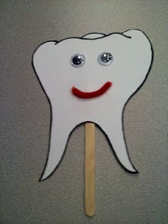 This is great for a simple yet interactive tooth craft for kiddos.