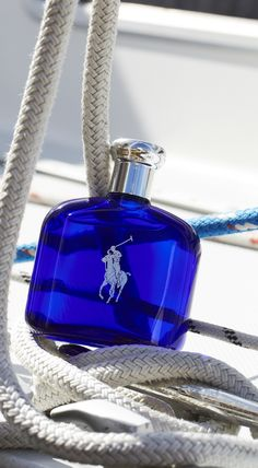 Sail away with Polo Blue fragrance from Ralph Lauren. The scent features a refreshing blend of melon de Cavaillon, basil verbena and washed suede.