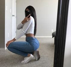 ❁⌇𝚏𝚘𝚕𝚕𝚘𝚠 @ 𝚋𝚞𝚖𝚋𝚊𝚍𝚍𝚒𝚎𝚜 𝚏𝚘𝚛 𝚏𝚘𝚛 - selfie mirror poses Mode Outfits, Girl Outfits, Casual Outfits, Fashion Outfits, Converse Fashion, Fashion Trends, Style Fashion, Fashion Inspiration, Selfie Poses