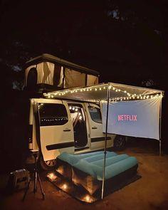 Camper Life, Camper Van, Van Life, Vw California T6, Travel Camper, Kombi Home, Bus Living, Outdoor Movie Nights, Outdoor Cinema