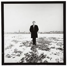 Gerhard Richter closed eyes by Lothar Wolleh