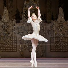 Sarah Lamb as the Sugar Plum Fairy: Got to have a little Magic in the Holidays Ballet Class, Ballet Dance, Sarah Lamb, Sugar Plum Fairy, Royal Ballet, Ballet Beautiful, Silent Night, What Is Like, Dance Wear