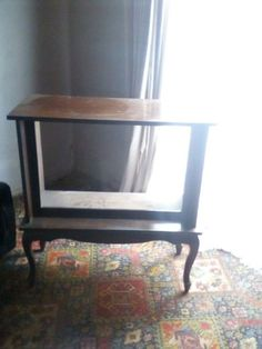 TV CABINET FOR SALE.THE TV IS IN A GOOD CONDITION.YOU CAN PHONE OR WHATSAPP ME ON 0738255907
