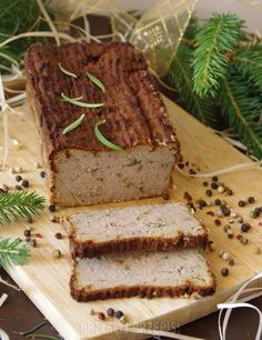Pasztet domowy Polish Recipes, Polish Food, Charcuterie, Winter Christmas, Meatloaf, Bon Appetit, Banana Bread, Food And Drink, Homemade