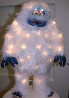1000 images about rudolf the red nosed reindeer on for Abominable snowman outdoor decoration