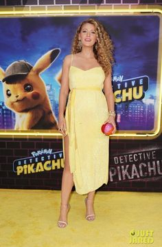 Full Sized Photo of blake lively pregnant ryan reynolds detective pikachu 19 Blake Lively Pregnant, Blake Lively Family, Pikachu, Pokemon, Skater Outfits, Just Jared, Ryan Reynolds, Detective, Pop Culture