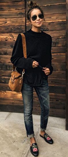 summer outfits Black Knit + Skinny Jeans + Black Floral Loafers