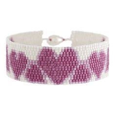 Free pattern for this two-drop peyote stitch bracelet, plus materials list - cute!  From http://www.fusionbeads.com/Hi-Valentine-Bracelet