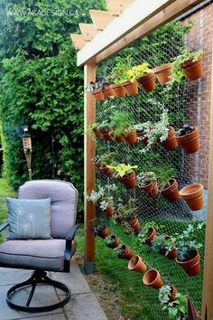 10 Small Space Gardening Ideas. Lots of gardening tips for beginners living in apartments or who might only have a patio or balcony to work with. You don't need a big yard to grow vegetables, herbs, fruit, and more. #GardeningTips&Ideas  #LandscapingTips&Tricks