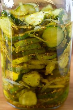 A wonderful, simple recipe for homemade refrigerator Bread and Butter Pickles. N… A wonderful, simple recipe for homemade bread and butter pickles. No canning equipment required! Just prepare and put in the fridge! Freezer Pickles, Canning Pickles, Bread N Butter Pickle Recipe, Bread & Butter Pickles, Homemade Bread And Butter Pickles Recipe, Refrigerator Pickle Recipes, Cucumber Recipes, Pureed Recipes, Cucumber Salad