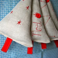 Christmas decorations - simple and easy. Use gorgeous fabric.