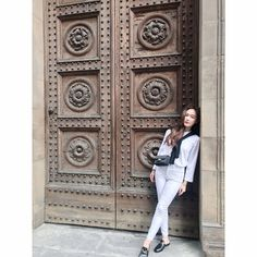 "202.6k Likes, 1,503 Comments - Jessica Jung (@jessica.syj) on Instagram: ""Pretty door, can I come in ?"""