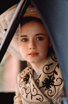 Alexis Bledel (Winifred 'Winnie' Foster) - Tuck Everlasting directed by Jay Russell Alexis Bledel, Rory Gilmore, Gilmore Girls, Winnie Foster, Emily Of New Moon, Tuck Everlasting, Anne Of Green Gables, Movie Costumes, Film Serie
