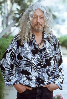 """""""Everyone has a responsibility to not only tolerate another person's point of view, but also to accept it eagerly as a challenge to your own understanding. And express those challenges in terms of serving other people.""""  Arlo Guthrie"""