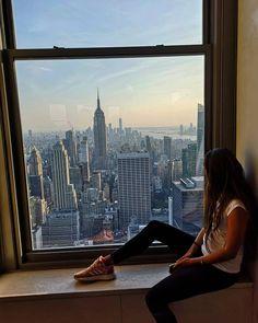 "Lucia Gaššová na Instagrame: ""Day 110 Sky is not limit 🏙 . . . . . #zavodousckm #city #usa #unitedstates #america #americandream #newyork #newyorkcity #nyc #nycblogger…"""