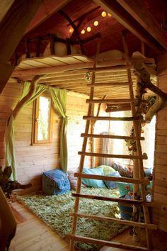 ★ Qui n'a jamais rêvé d'une cabane extérieur dans sa déco...