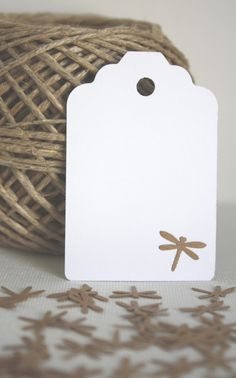 Libélulas kraft / La Emperatriz - Artesanio Craft Booth Displays, Eid Cards, Envelopes, Scrapbook Cards, Scrapbooking, Ball Jars, Jewelry Packaging, Paper Cards, Jewelry Organization