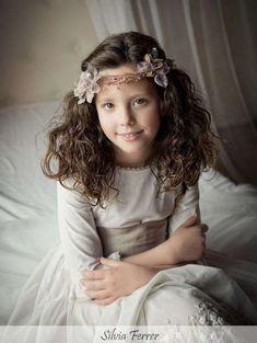 Tendencias 2016-2017: Accesorios de cabello para niñas - Corona de ramitas