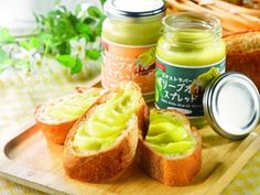 いつものパンに塗って食べられるオリーブオイルのスプレッドが新発売