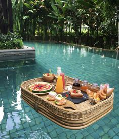 The first time in Bali? Before you plan a place to stay, em . Bevor Sie eine Unterkunft planen, empfehlen wir Ihnen dringend … The first time in Bali? Before you plan a place to stay, we urge you to … – - The Places Youll Go, Places To Visit, Places To Travel, Travel Destinations, Travel Aesthetic, Aesthetic Food, Travel Goals, Travel Trip, Adventure Travel