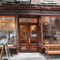 Cafe Grumpy: Girls — New York | 14 Iconic TV Show Restaurants You Can Eat At In Real Life
