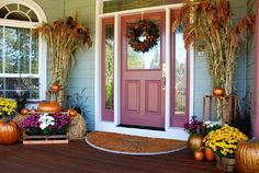 Fall outdoor decorating ideas, Halloween outdoor decorating ideas, fall outdoor decor