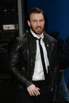 chris evans on gma photos  | Chris Evans appears on 'Good Morning America', NYC 182947