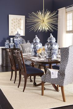 Find dining room ideas for dining room decor and dining room design, dining room table centerpiece ideas, dining rooms & dining room design and more with before and after and before dining rooms Read Dining Room Blue, Dining Room Design, Dining Room Chairs, Side Chairs, Elegant Dining Room, Upholstered Dining Chairs, Side Tables, Casa Magnolia, Traditional Dining Tables